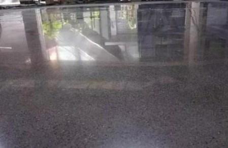 江门网球弹性地板承包商_防滑弹性地板相关-深圳市天和环氧地坪工程有限公司