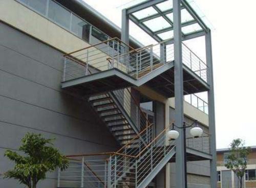 断桥铝门窗生产商_断桥铝-成都铝之家装饰工程有限公司