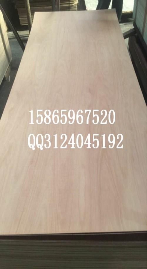 天然泰柚木皮贴面板_木皮贴面板价格相关-山东欧博瑞家居科技有限公司