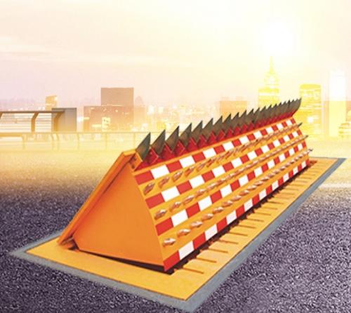 内蒙古单面防撞路障机厂家_液压翻板机械及行业设备-济南尚和龙升降机械有限公司