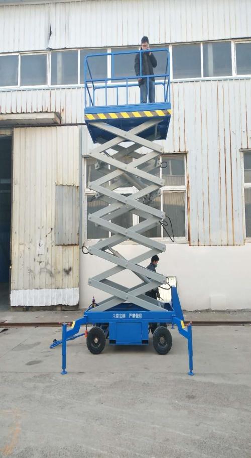 山东电动液压升降机哪家好_小型装载机械货梯-济南双力升降机械有限公司