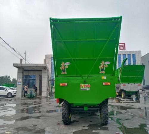 玉米收割机厂家_茎穗兼收收割机-新乡市乐为农农牧机械有限公司
