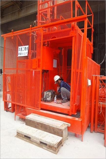 四川塔吊施工电梯起重机_别墅电梯相关-四川东泰源建筑机械安装有限公司