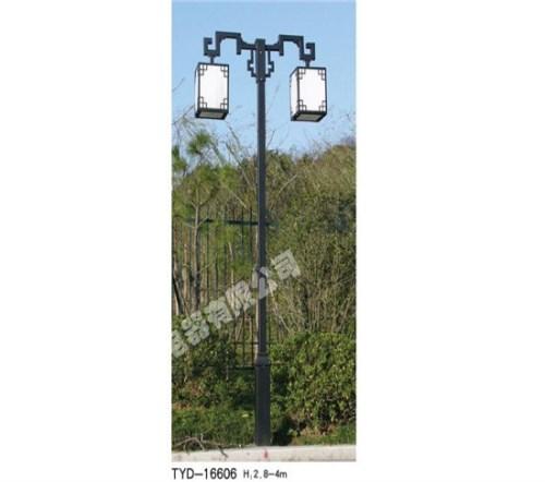 日照草坪庭院灯厂家 草坪照明工业多少钱