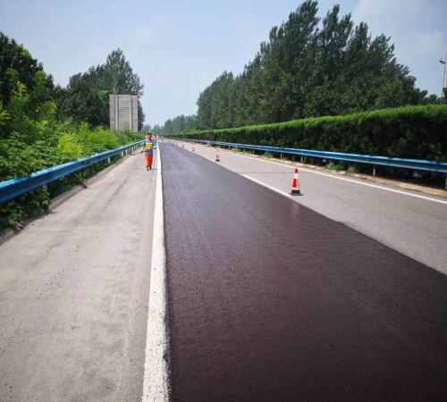 廣東公路養護微表處廠家_微表處施工工程相關-河南凱邁公路養護技術有限公司