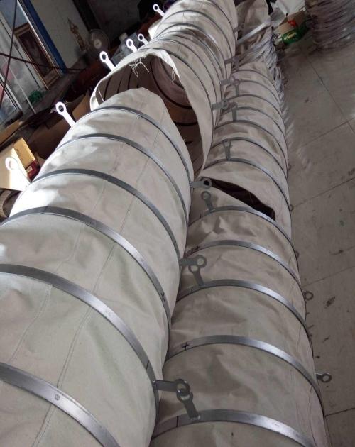 干灰除塵伸縮帆布布袋_無紡布袋廠家相關-滄州惠達機床附件有限公司