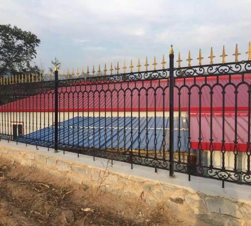 道路隔离栏相关 鹤岗市政护栏出售